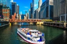 Boat ride along the Chicago River