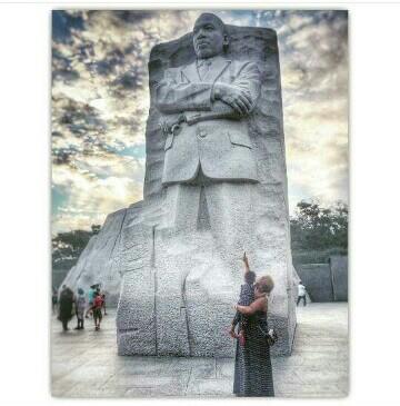 IG: @larissalmorgan (King Memorial, DC)
